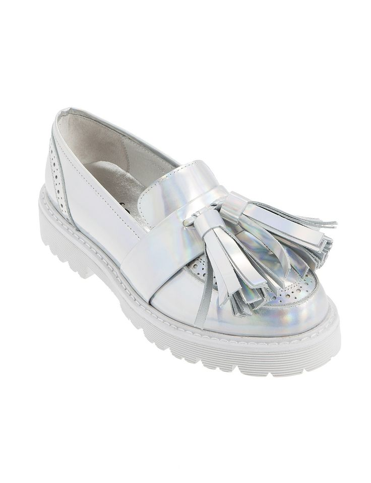 Make your statement with Fred Dedicated S/S 2015 - Phoenix Silver #Fred #keepfred #shoes #collection #leather #fashion #style  #new #women #trends #flat #loafers #silver