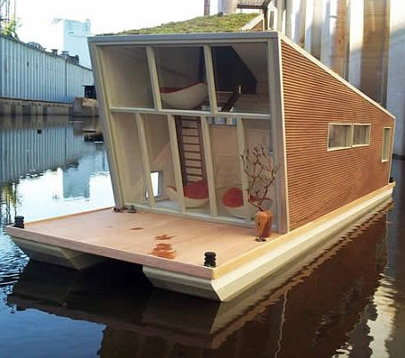 Little floating house: Green Houses, Houseboats,  Billiards Table, House Boats, Tiny Houses, Green Roof, Pools Table, Modern Houses, Houses Boats