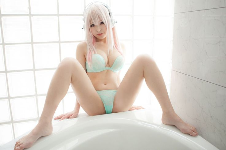 Ecchi - Cosplays - Geeks - Anime - Otaku - Girls