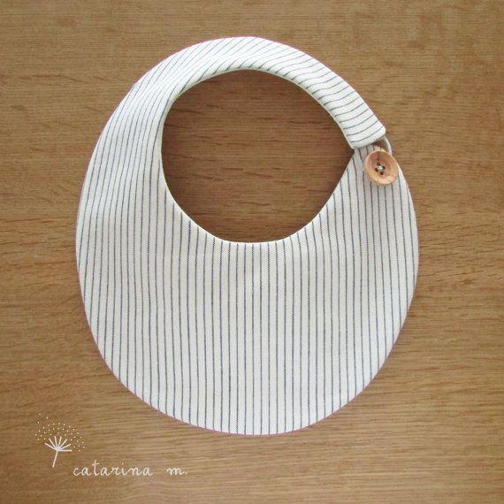 PATRÓN de costura de babero de bebé  modelo n º por catarinamcrafts