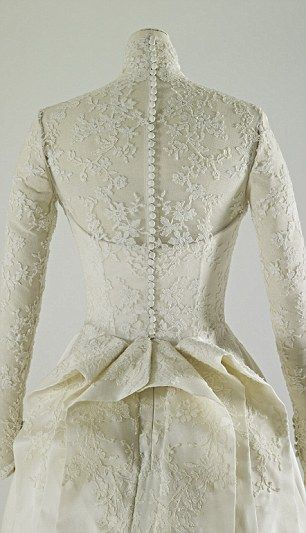 Rouleau detail of Kate Middleton's wedding dress