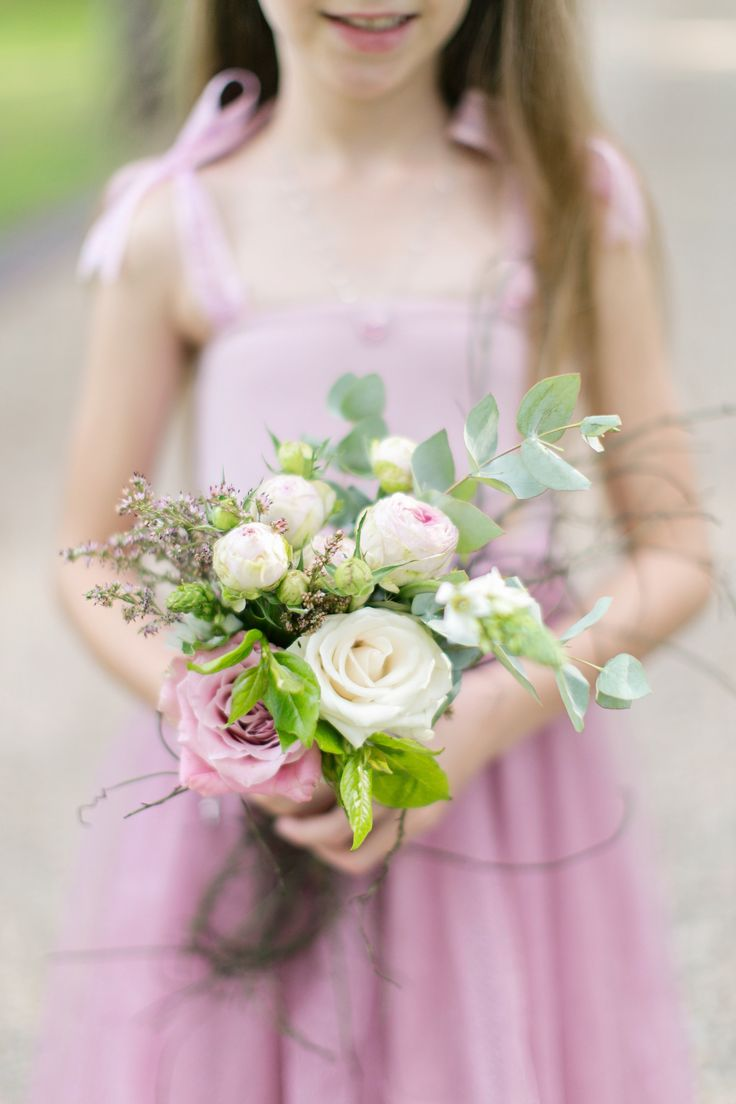 Flower girl bouquet by Eve Poplett. Photography by Tyme Photography