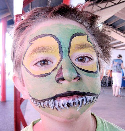 Trucco da mostro per Halloween in tonalità verde