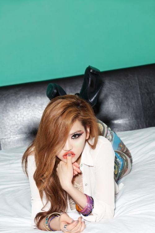 "Nice!  She is awesome.  Andamiro reveals ""HYPNOTIZE"" MV (including English version) + album"