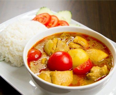 Pollo con curry amarillo (estilo Thai)