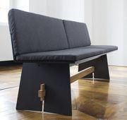 Nowoczesna ławka Tension z HPL dostępna również w zestawie z poduszkami