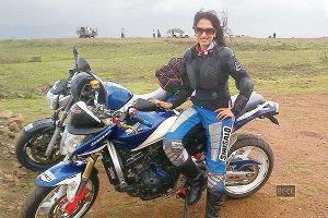 ReviewNex: Smita Gondkar was supposed to play Katrina Kaif's stunt double