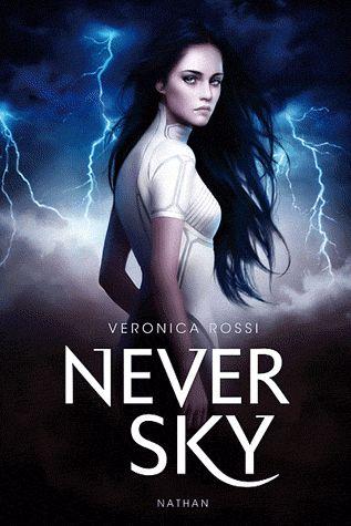Never Sky par Veronica Rossi. Aria, 17 ans, est une Sédentaire qui passe ses journées dans des mondes virtuels, à l'abri des dangers. Mais un jour, elle est accusée d'un crime qu'elle n'a pas commis. Elle se retrouve en fuite, abandonnée dans une nature ravagée par les tempêtes d'Ether. Elle place alors ses chances de survie en la personne de Perry, un chasseur qui lui fait peur...Ils concluent tous deux un marché qui va bouleverser la vie de la jeune fille...