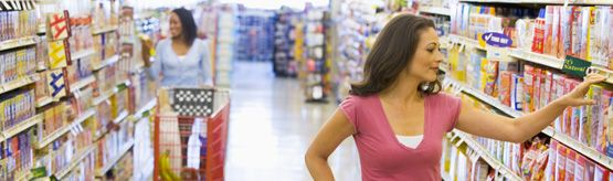 Top 10 grocery shopping tips to stretch your food dollar