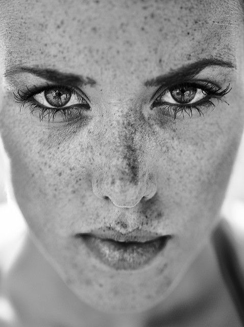 face. portrait. photography. black and white. freckles. eyes. lips. contour. structure.