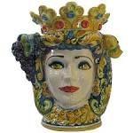 TestaRegina, con drappo e decori tradizionali. Pottery from Caltagirone  #TestediMoro #Ceramica #Sicilia #OpuntiaPutia #OpuntiaStore