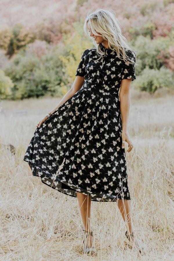 Floral Detail Midi Dresses In 2020 Sommer Kleider Midikleider Sommerkleid
