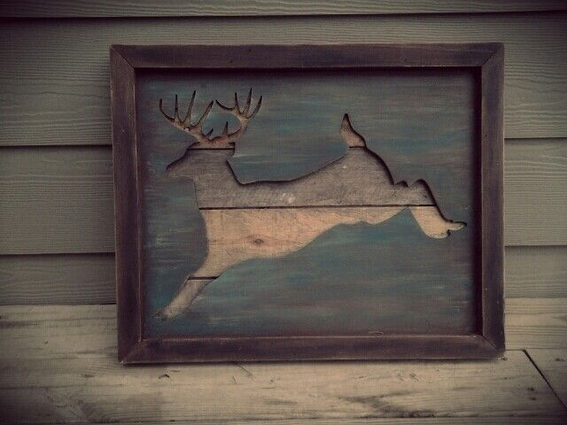 http://ammiewest4. wordpress.com Rustic artwork made from pallets