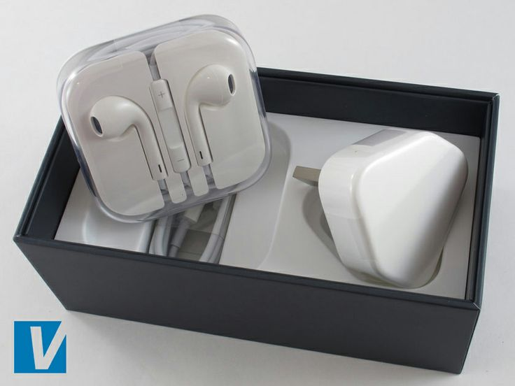 New iPhones are accompanied by a plug, a charging cable and a set of in ear headphones. Check the shapes, size and fixings of these accessories. Also check the workmanship on the inside of the box too, all edges should be straight and no large gaps should be seen.