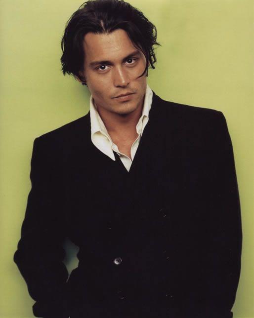 Vanity Fair US - February - vanity-fair-feb1997-006 - Johnny Depp by A. Leibovitz