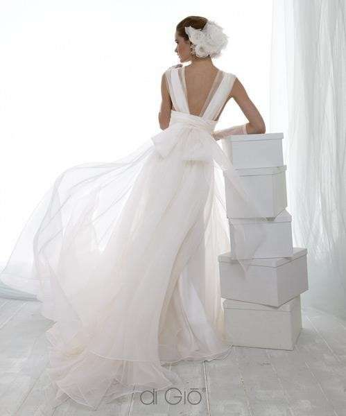 Abiti da sposa Le Spose di Gio collezione 2014 - Vestito da sposa con fiocco sulla schiena