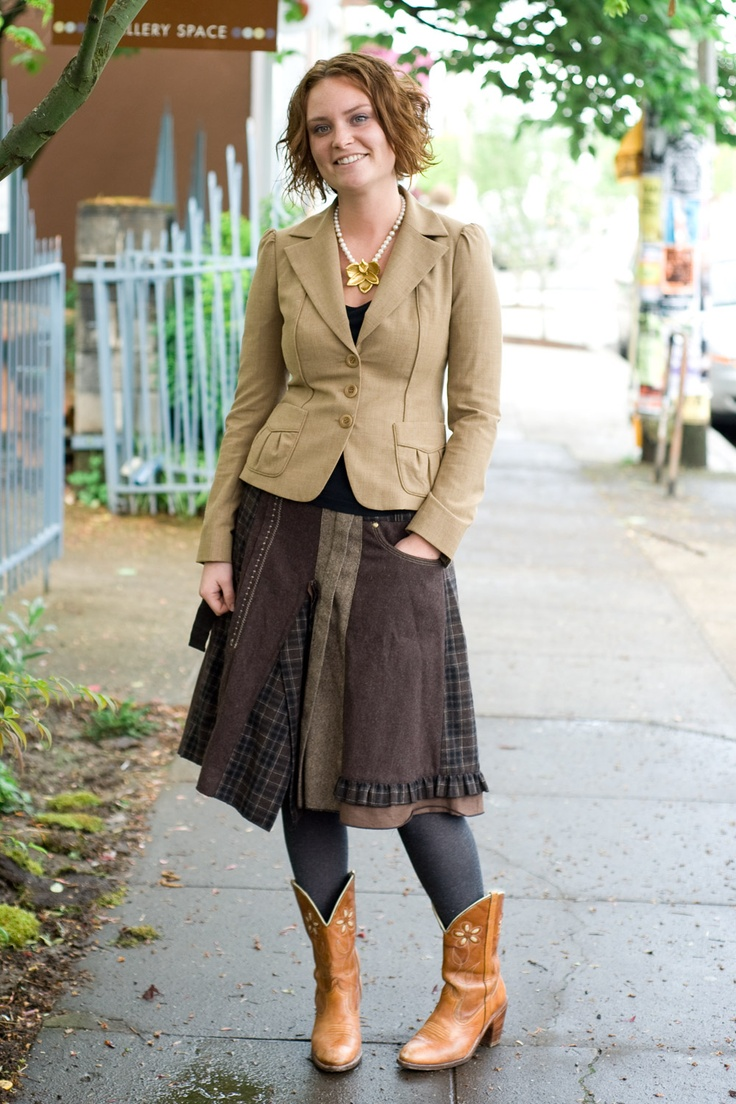 Urban Weeds: Street Style from Portland Oregon    love that skirt and the neutrals