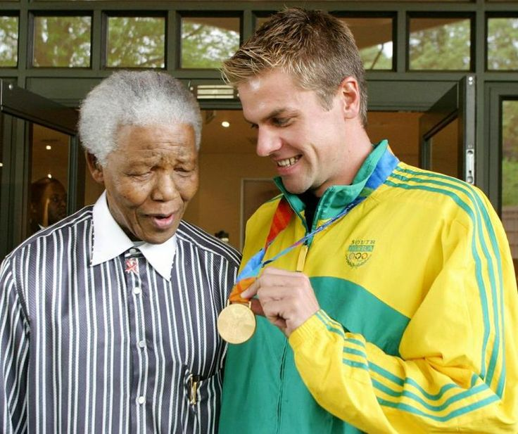 Nelson Mandela with South African Olympic swimmer, Ryk Neethling