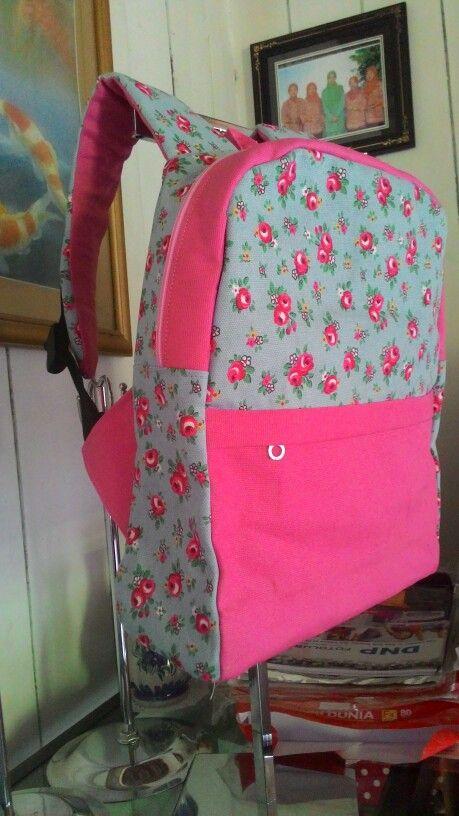 flowery kid backpack, great!!