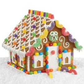 Sweet and simple gingerbread house by Wilton