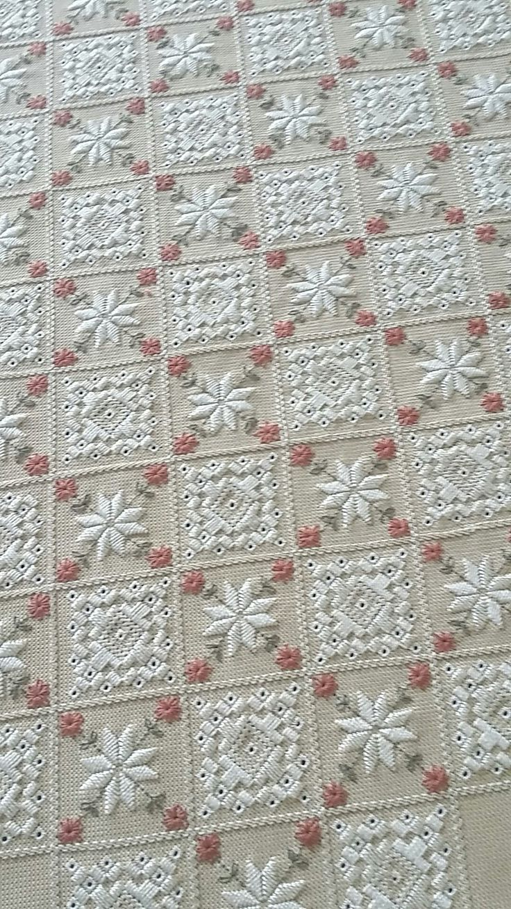 best bordados images on pinterest hand crafts embroidery and