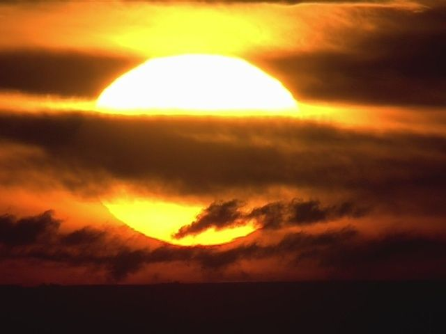 VIDEO: Wednesday's fiery sunrise - 7NEWS Denver TheDenverChannel.com