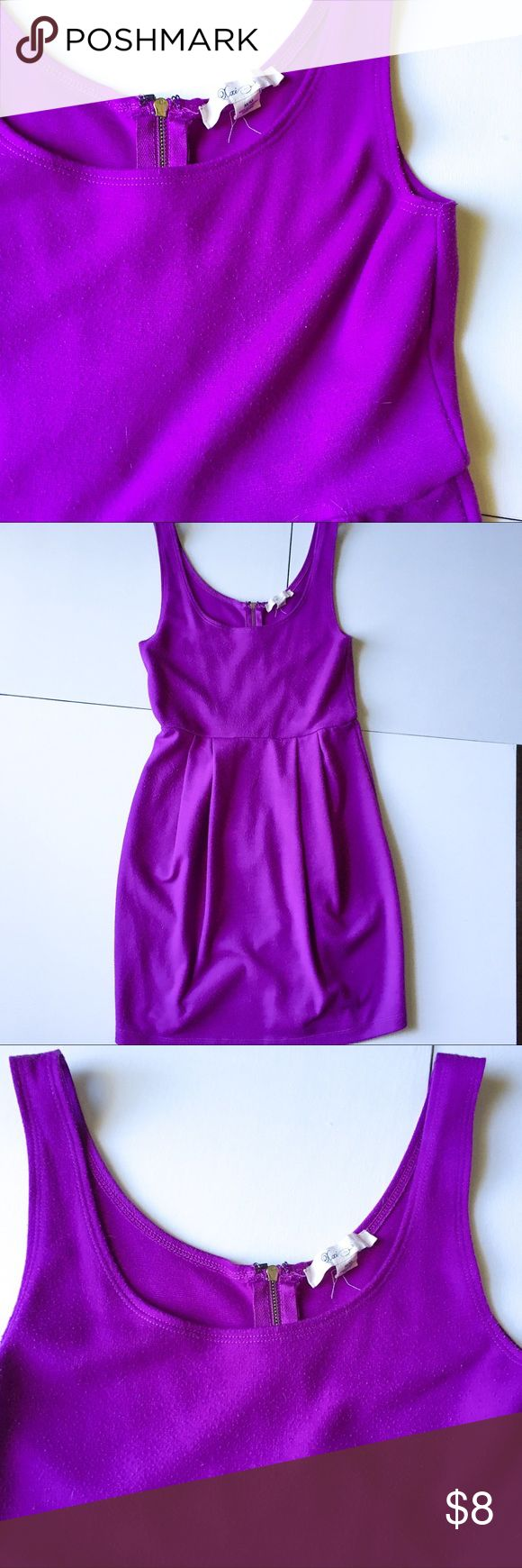 """Forever 21 purple pleated scoop neck dress Used condition solid purple pleated scoop neck dress • exposed gold zipper detail in back • elastic waist allows stretch • significant all over pilling • one small pick in fabric on back skirt • length 32"""" waist 12.5"""" bust 14"""" • 67% polyester 30% Rayon 3% spandex • hand wash cold • dry flat • 2018 Pantone color of the year! Forever 21 Dresses Mini"""