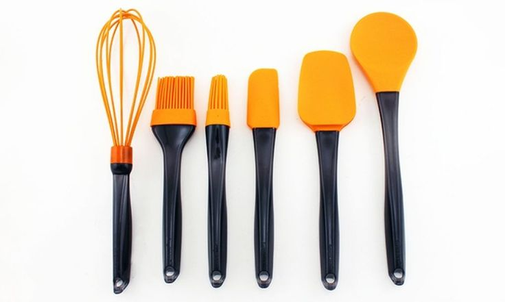 Kitchen With Silicone Utensils