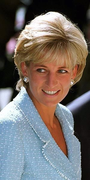 """21 April, 1997 Princess Diana attends the British Lung Foundation launch of a """"Princess of Wales Rose,"""" named after her."""