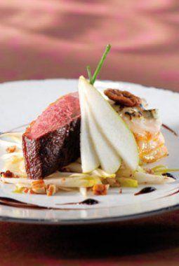 Gebakken eend, zoete aardappel met 3 kazen, slaatje van witloof en peer , balsamicoreductie - Culinaire Ambiance - Philippe Van den Bulck !
