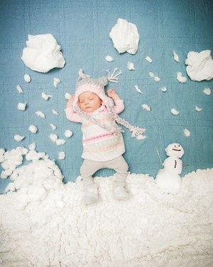 winter wonderland--I like the idea of these scenes with the sleeping new born.
