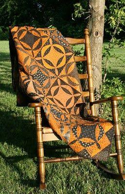 15 must see fall quilts pins winter quilts quilt for Blackbird designs tending the garden