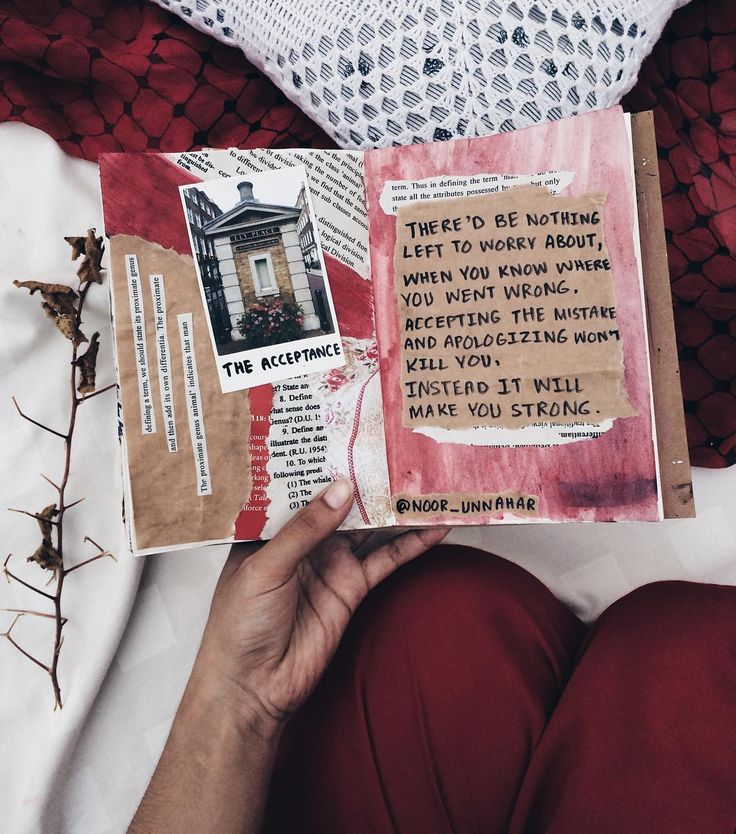 'there'd be nothing left to worry about, when you know where you went wrong,  accepting the mistake and apologizing won't kill you, instead it will make you strong' // art journaling + poetry by Noor Unnahar https://www.instagram.com/noor_unnahar/  // art journaling ideas inspiration, scrapbooking, flatlay, artists, creative craft photography, journals, words, quotes //