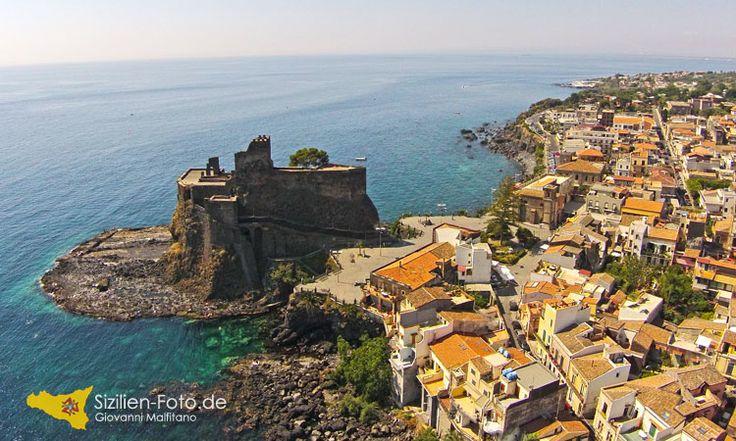 Luftaufnahmen mit der Drohne in Aci Castello