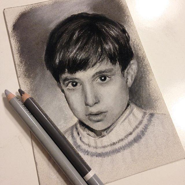 """El primer miniretrato listo! 10 x 15 cm  The first mini portrait done! 3.9"""" x 5.9"""""""