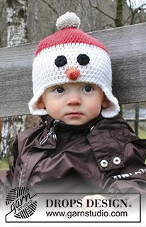 "Carrot Nose - DROPS Christmas: Crochet DROPS snowman hat with ear flaps in ""Nepal"". - Free pattern by DROPS Design"