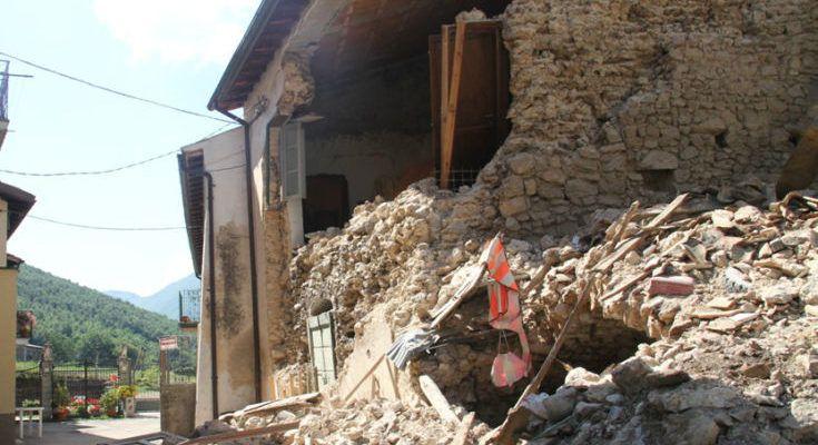 """Terremoti, Tansi: """"Cambiare la cultura dei calabresi rispetto alla fatalità delle calamità naturali"""" (AUDIO)"""