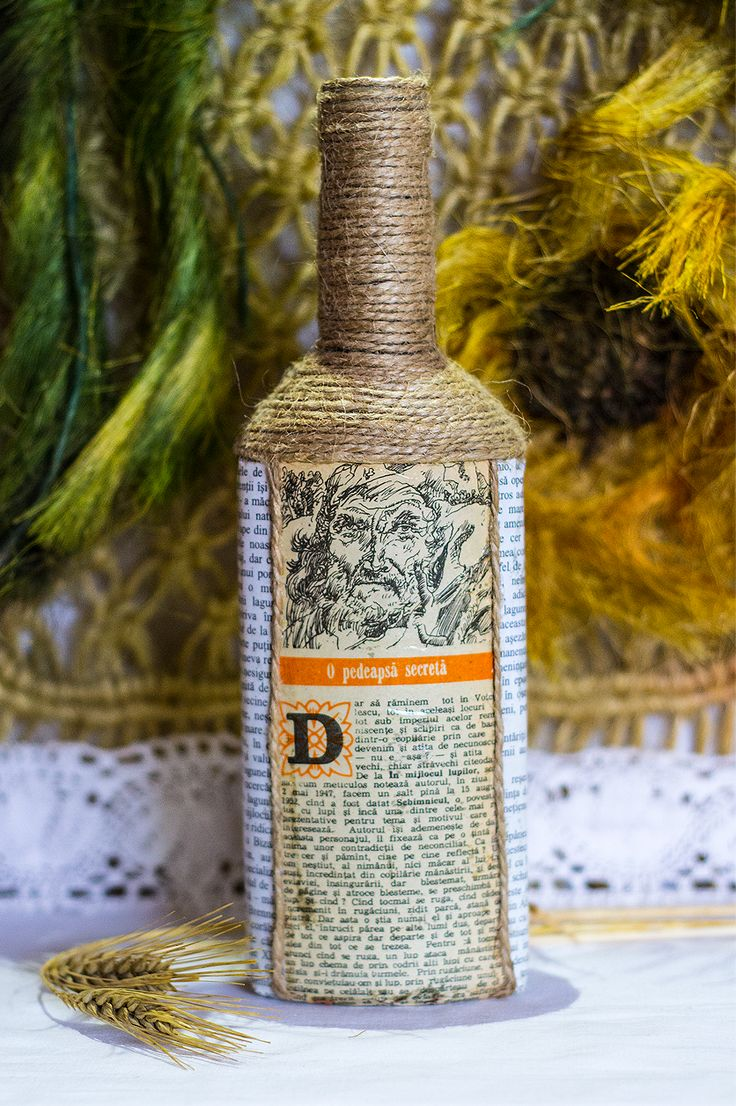 ~ click pe site pentru a cumpăra ~ ❁ ~ This could be another boring home decoration, but if you read the text typed in the glued paper on the oil bottle, you will get goose bumps. Look at the face of that old man too!