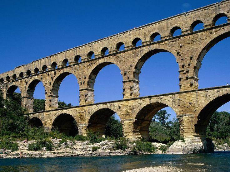 Гардский мост. I в. Ним (Южная Франция)