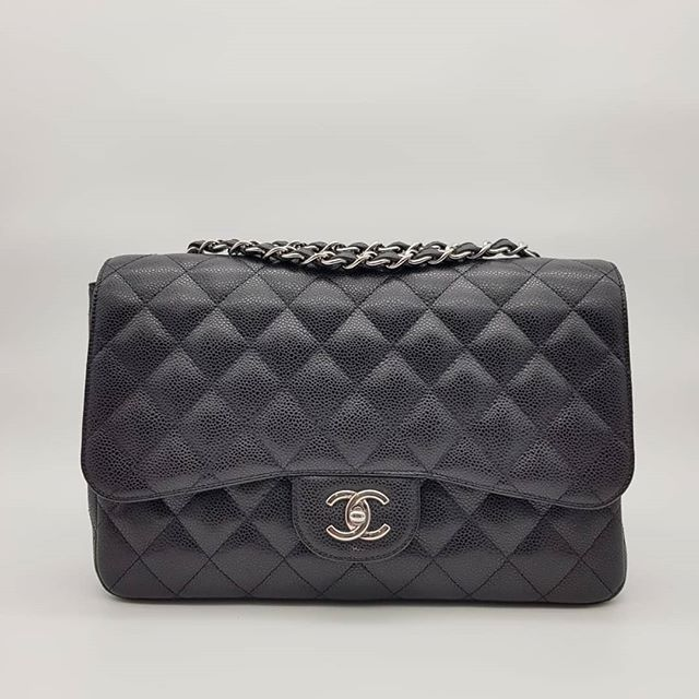 5000 Wire Preloved Chanel Classic Jumbo Single Flap Black