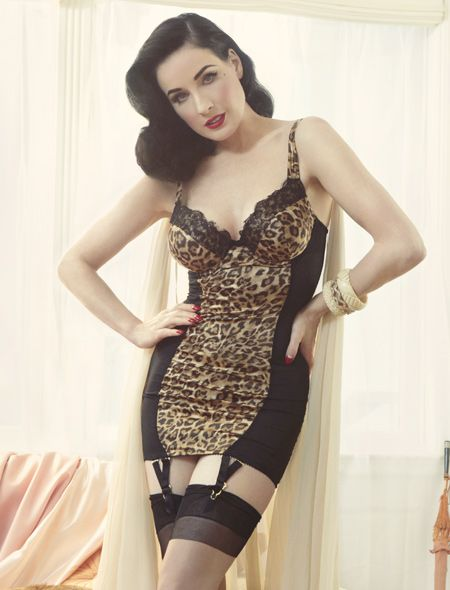 17 best images about pinup boudoir on pinterest stockings retro lingerie and corsets. Black Bedroom Furniture Sets. Home Design Ideas