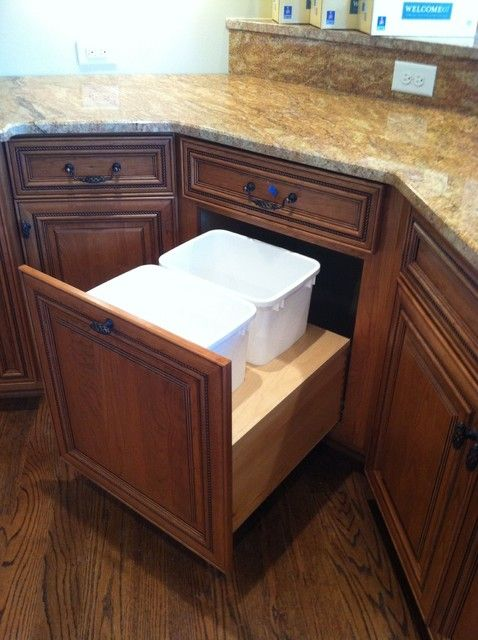 trash cabinet -like!   trash & recycling cabinet-love!   for the KITCHEN cabinet between sink and pantry