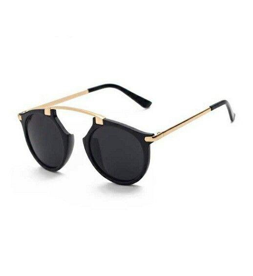 https://www.justprettythings.com/Sunglasses/BLACK-PRIME-SUNNIES-id-2958115.html