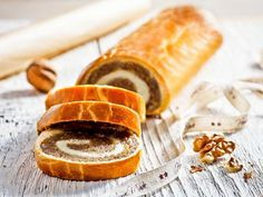 Este pastel relleno es tan típico en Hungría como el panettone en Italia o el roscón de Reyes en España. ¡Prepáralo con Tulipán y pon un toque internaciona