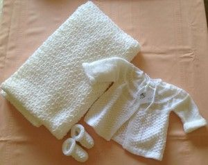 Little Ones | Cardigan, shoes & blanket  $13