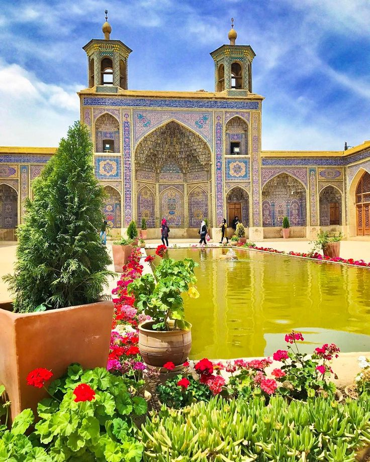 Nasir Al Mulk, Shiraz, Iran | surfingpersia.com