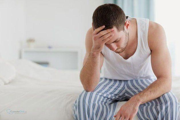 Mezclar ibuprofeno con alcohol es una mala idea -  Es habitual que tras consumir alcohol el dolor de cabeza aparezca como síntoma de la resaca.Ante esta situación, muchas personas optan por aliviar las molestias ingiriendo medicamentos como el ibuprofenoal ser un producto muy habitual en la mayoría de los botiquines. El resultado es una mezc... - https://notiespartano.com/2018/02/21/mezclar-ibuprofeno-alcohol-una-mala-idea/