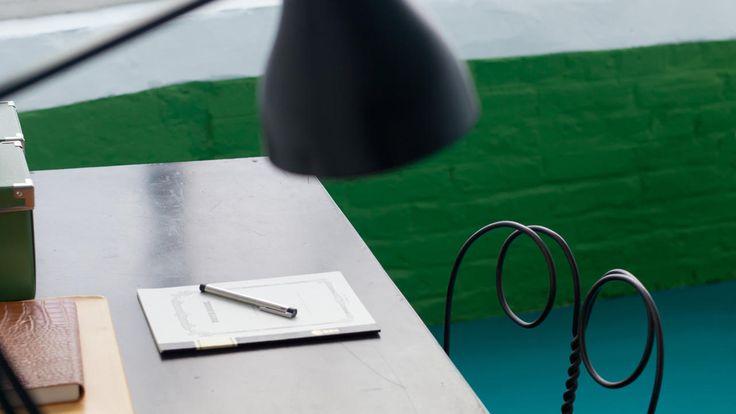 Combineer levendig groen met felle blauwgroene kleuren + kleuren en producten