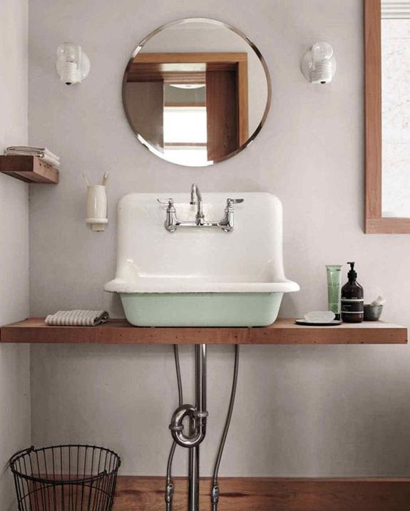 vintage green sink and circle mirror. / sfgirlbybay