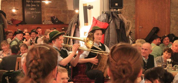 am 11,11,16 findet wieder das große Musikantentreffen im Griesbräu statt! Eine tolle Veranstaltung